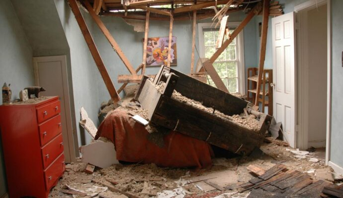 Roof Water Damage Repair-South Florida Mold Remediation & Water Damage Restoration Services-We offer home restoration services, water damage restoration, mold removal & remediation, water removal, fire and smoke damage services, fire damage restoration, mold remediation inspection, and more.
